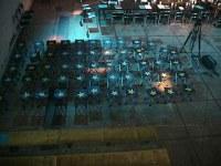 Scenografija i svetlo u prostoru Paviljona Veljković. U prvom planu stolice na rasklapanje koje su bile poklon učesnicima konferencije.